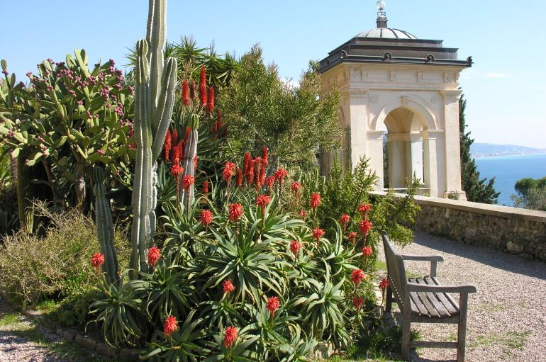 Sir Thomas HANBURY's gardens, a paradise of fragrances and colours